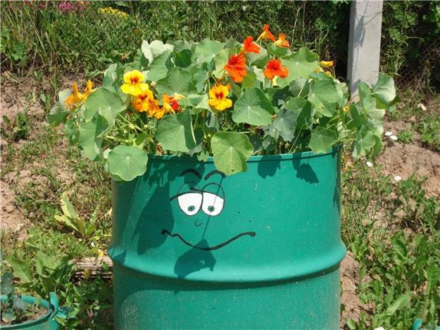 Πολύχρωμες Ιδέες ανακύκλωσης Μεταλλικών βαρελιών6