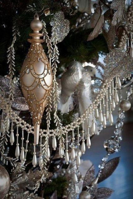 χρυσάφι Και Λευκές Χριστουγεννιάτικες Ιδέες21