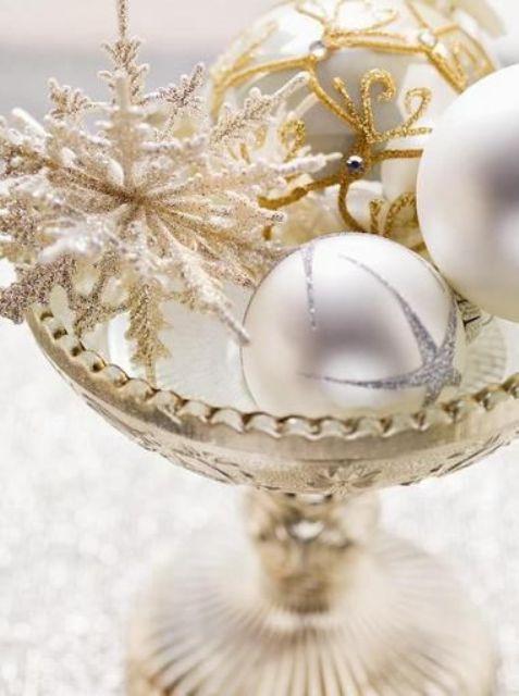 χρυσάφι Και Λευκές Χριστουγεννιάτικες Ιδέες3