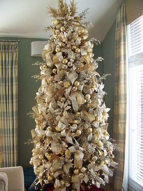 χρυσάφι Και Λευκές Χριστουγεννιάτικες Ιδέες36