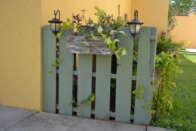 Ιδέες με Φράχτες από ξύλινες παλέτες5