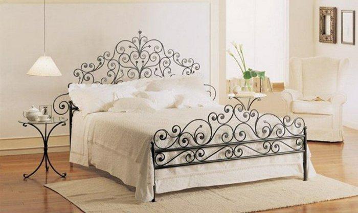 Κρεβάτια από σφυρήλατο σίδερο9