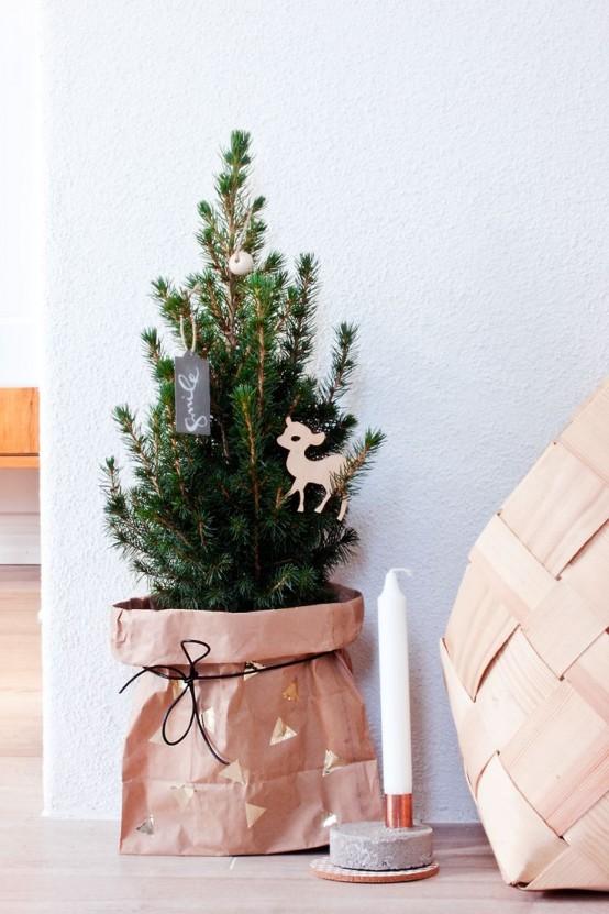 Μινιμαλιστικές ιδέες Χριστουγεννιάτικου δέντρου15