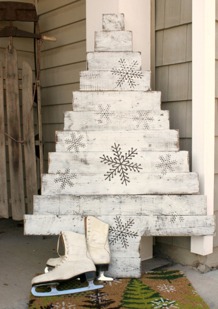 διακοσμήσεις Χριστουγέννων από παλέτες11