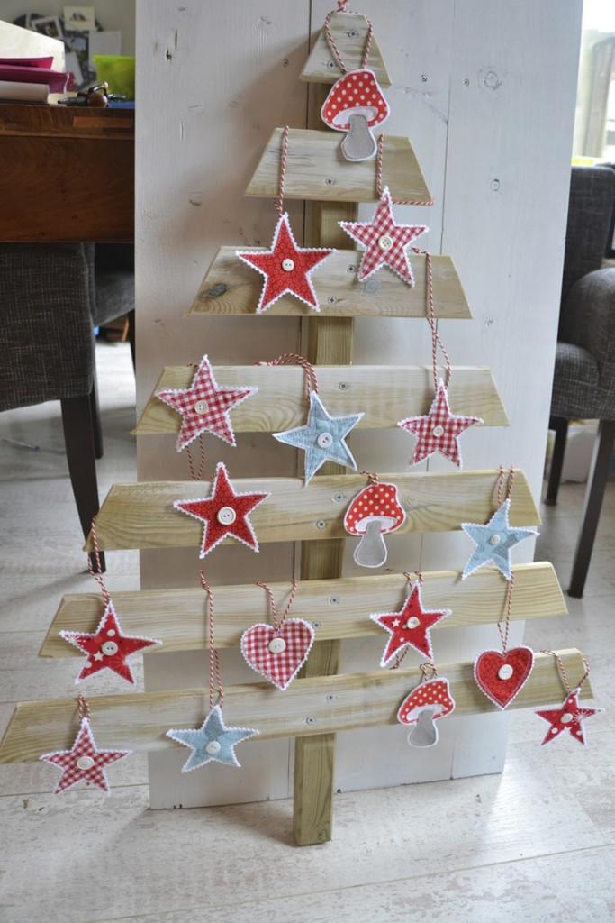 διακοσμήσεις Χριστουγέννων από παλέτες15