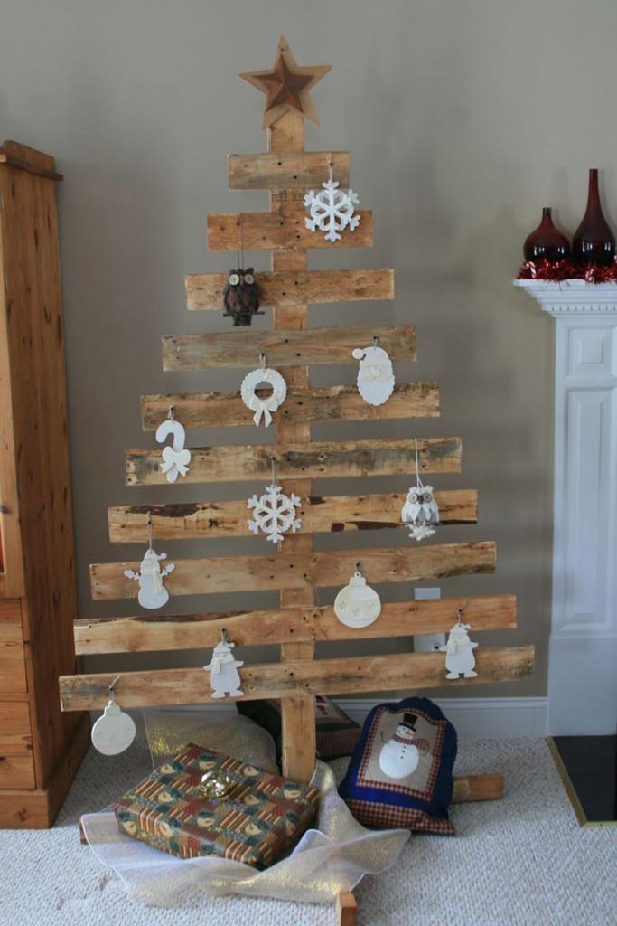 διακοσμήσεις Χριστουγέννων από παλέτες20