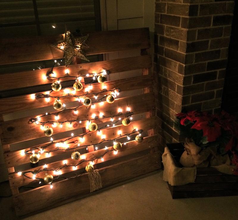 διακοσμήσεις Χριστουγέννων από παλέτες8