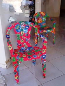 Plastic chairs customization with fabrics2