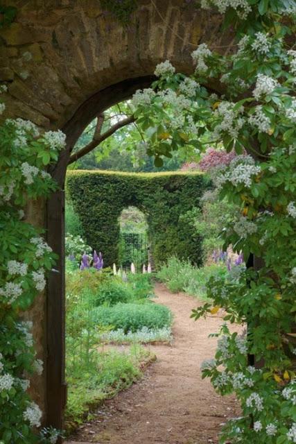 Μυστικοί Κήποι8