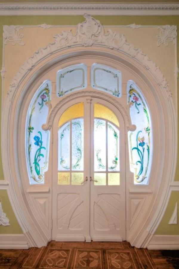 πρωτότυπες πόρτες1