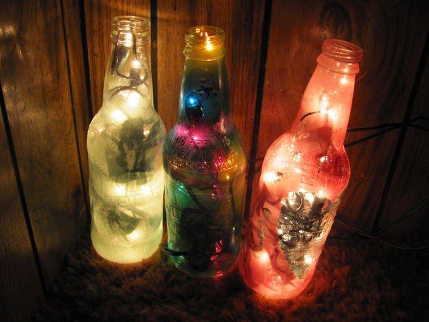 παλιά γυάλινα μπουκάλια σε απίθανα φωτιστικά16