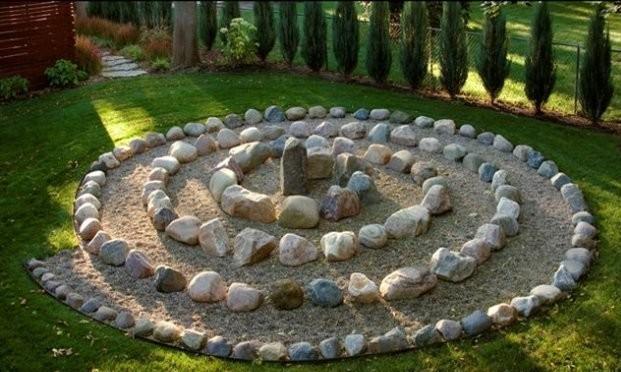 Decor κήπου με πέτρες16