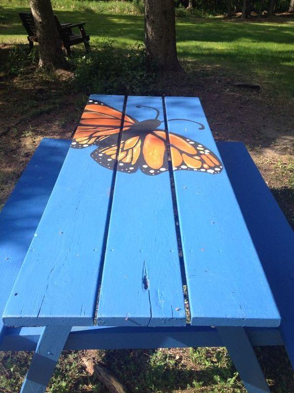 ζωγραφισμένα τραπέζια για τον κήπο2