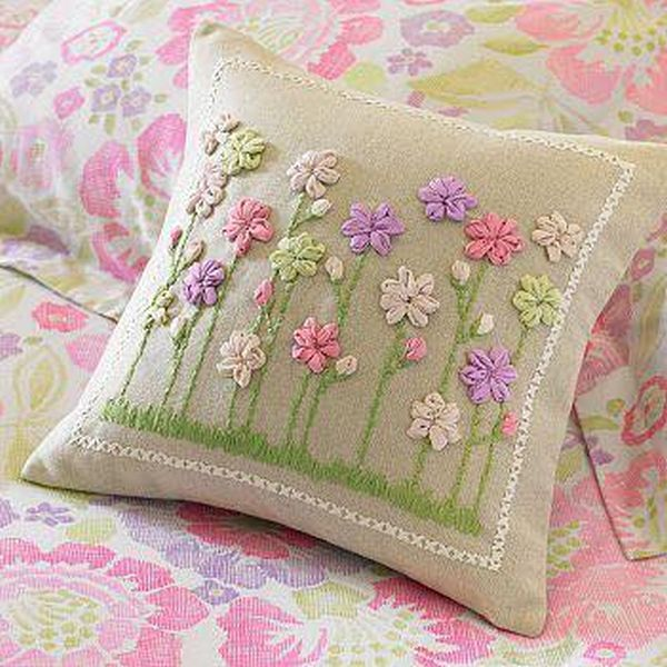 μαξιλάρια από λινάτσα και δαντέλα27