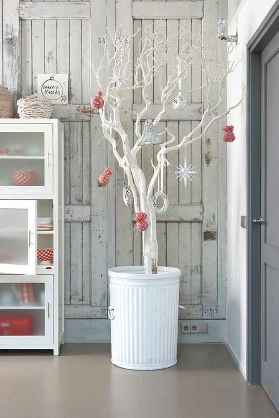Χριστουγεννιάτικο δέντρο από κλαδιά33