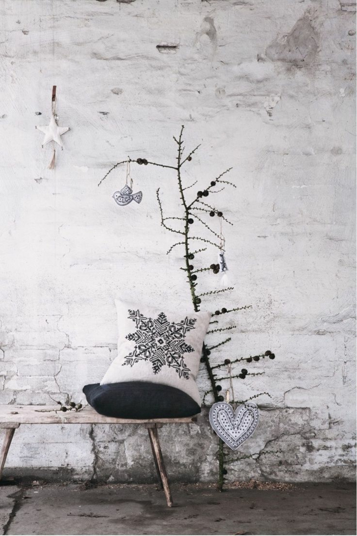 χριστουγεννιάτικη διακόσμηση σε άσπρο - μαύρο14